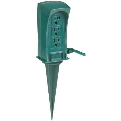 Do it 3-Outlet 13A Outdoor Power Stake with 6 Ft. Cord